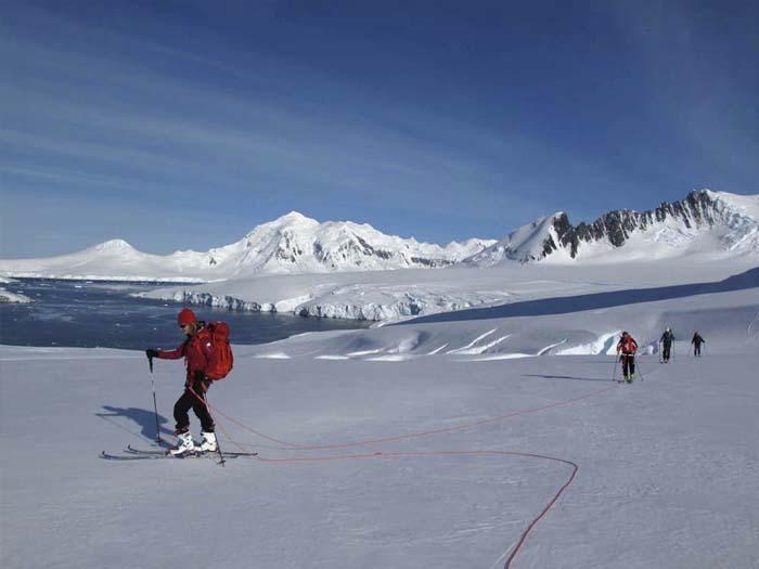 antarctica_skirandonne